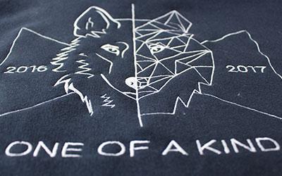 Logo brodé sweat de promo lycée notre dame Saint Germain