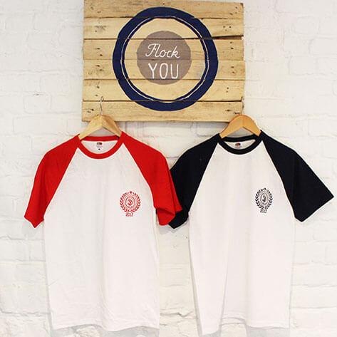 Tee shirts imprimé en sérigraphie avec un logo
